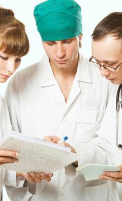 Какие врачи занимаются лечением грибка (микоза)?
