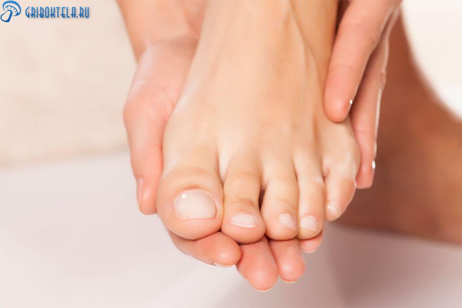 Здоровые руки и ноги после использования противогрибковых мазей