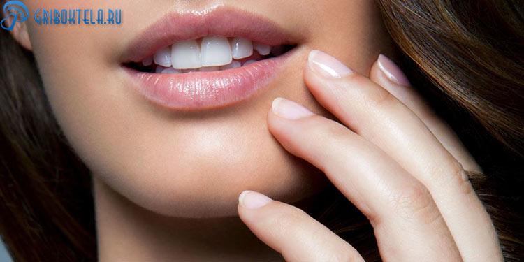 Здоровая кожа на лице после лечения грибка