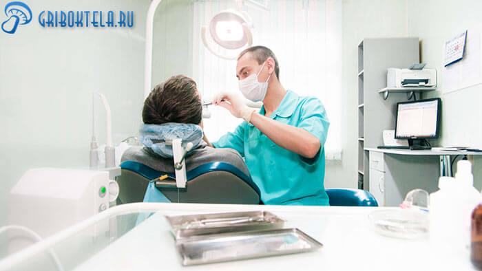 Стоматолог диагностирует - орофарингеальный кандидоз